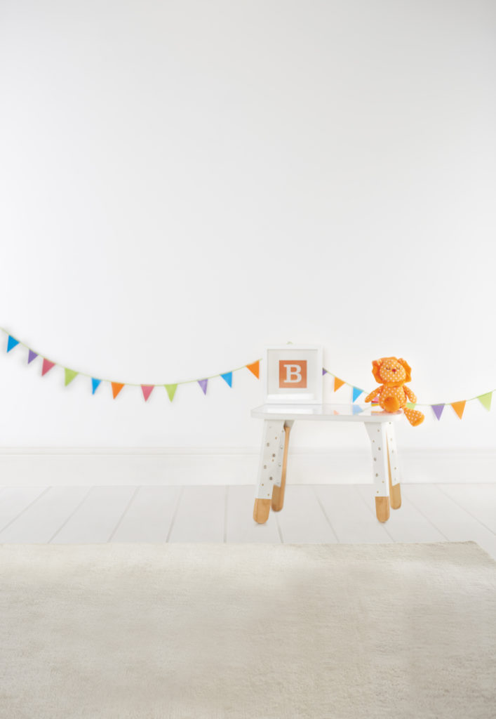 Bunting and white background