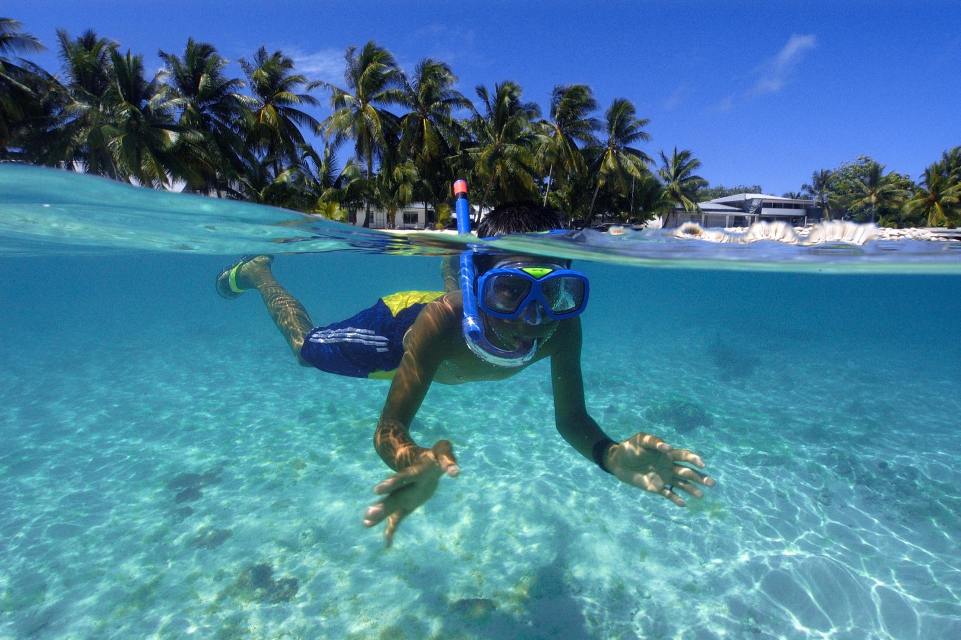multi-image composition Mashalhese boy swimming